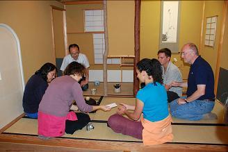 Sur le Chikyu, une salle est dédiée à la cérémonie du thé. Crédit : Japan Agency for Marine Earth-Science Technology / Integrated Ocean Drilling Program
